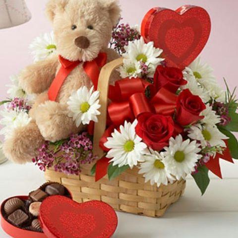 کادو ولنتاین با گل