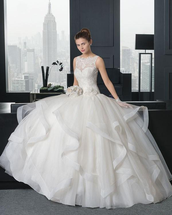 لباس عروس خاص