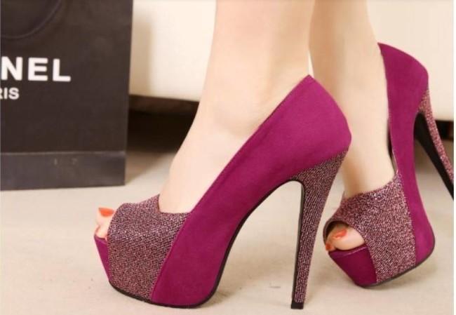 کفش پاشنه بلند خاص